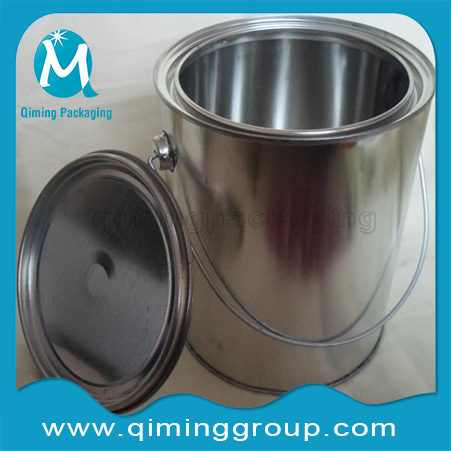 Round Tin Cans Small Tinplate Pails With Metal Handle--Qiming Packaging