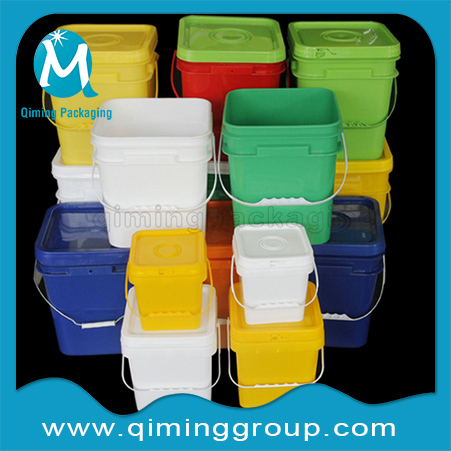Square & Specialty Plastic Buckets Pails