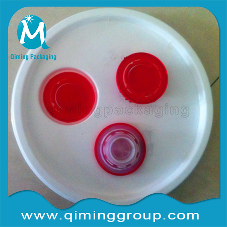 Red Plastic Spouts Closures For Metal & Plastic Lids -Qiming Packaging