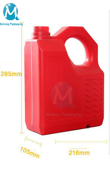 4 L RED PLASTIC JERRY CANS