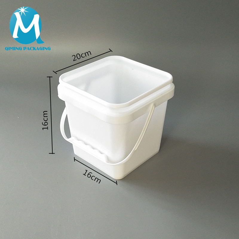 square plastic bucket