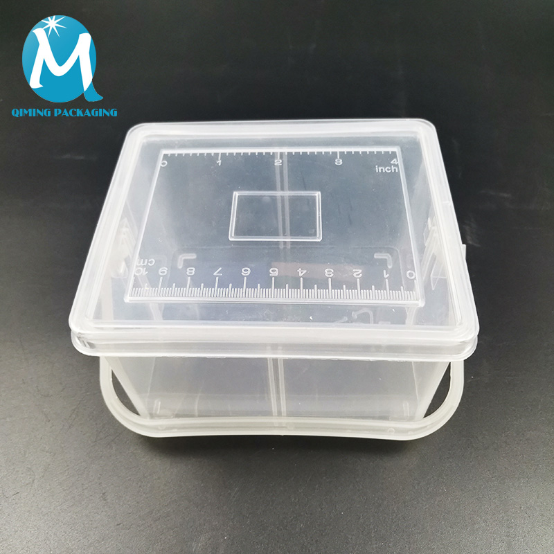 clear plastic rectangular bucket