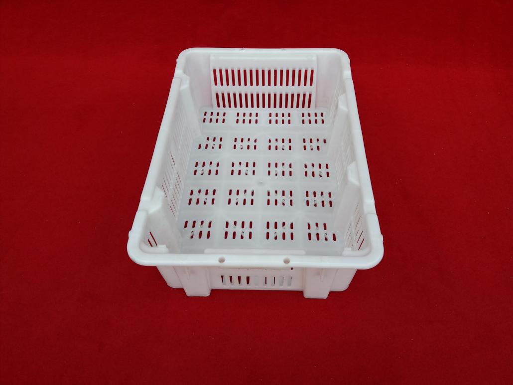 Vented Plastic turnover basket
