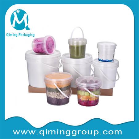 clear plastic round bucket